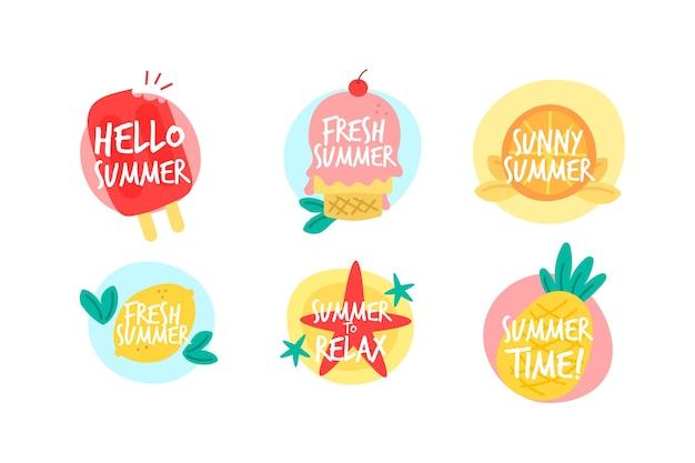 Tema della collezione di etichette estive disegnate a mano Vettore gratuito