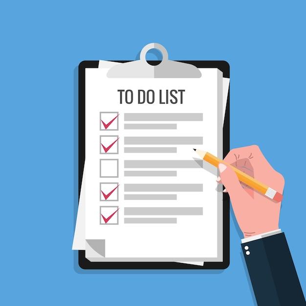 手持ちの鉛筆とチェックマークをオンにすると、クリップボードと青い背景のリスト用紙が表示されます。 Premiumベクター
