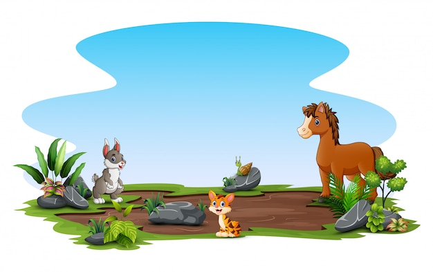 自然で遊ぶ幸せな動物 Premiumベクター
