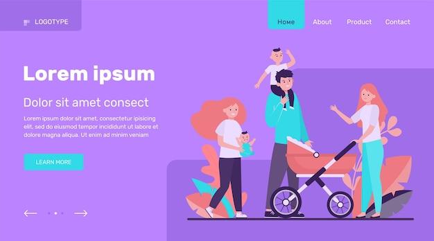 一緒に歩いて幸せな大家族。母、子供、父のフラットベクトルイラスト。親子関係の概念のウェブサイトのデザインまたはランディングwebページ 無料ベクター