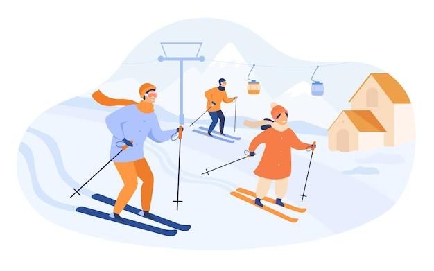 산에서 스키를 타는 행복 한 가족. 엘리베이터와 코티지가있는 스키장에서 겨울 휴가를 보내는 사람들. 활동, 라이프 스타일, 스포츠 개념에 대 한 벡터 일러스트 레이 션 무료 벡터