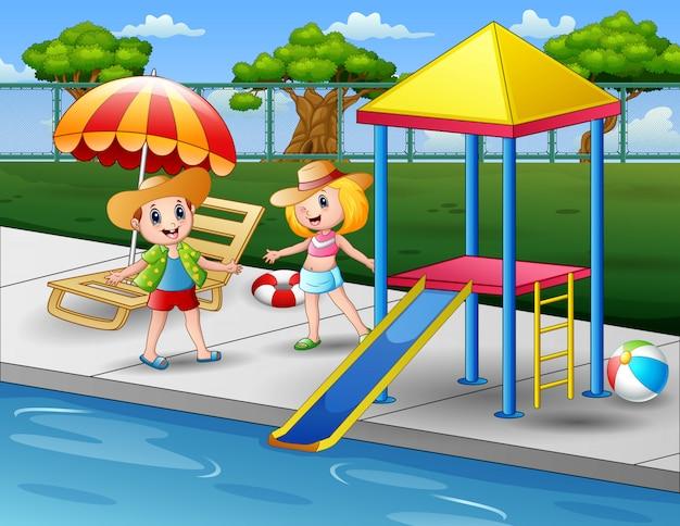 スイミングプールで幸せな子供たち Premiumベクター