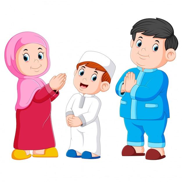 Happy moslem family Premium Vector