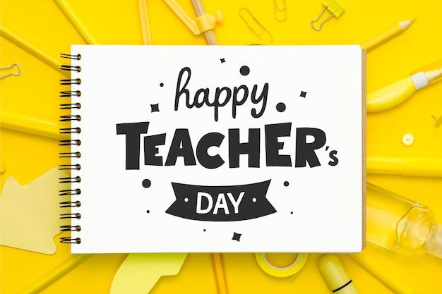 幸せな教師の日レタリングスタイル Premiumベクター