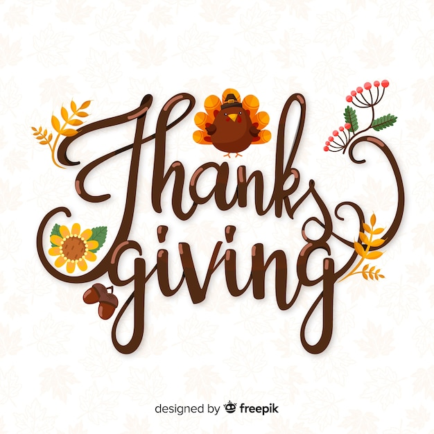 Happy thanksgiving lettering with hand drawn turkey Free Vector