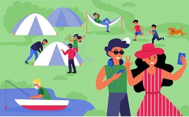 幸せな観光客のキャンプ 無料ベクター