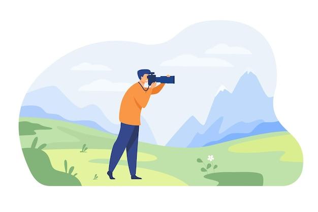 自然の孤立したフラットイラストの写真を撮る幸せな旅行写真家 無料ベクター