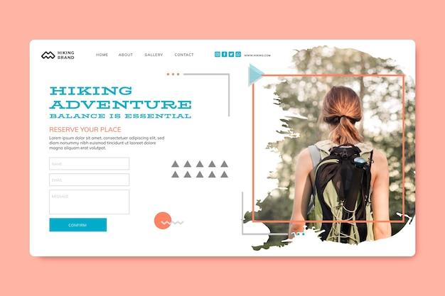 Modello di pagina di destinazione per escursionismo con foto Vettore gratuito