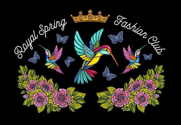 Колибри бабочка корона цветы вышивка патч. humming bird цветочные лист крылья насекомых вышивка. рисованная иллюстрация Premium векторы
