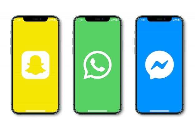 화면에 소셜 미디어 로고가있는 아이폰 프리미엄 벡터