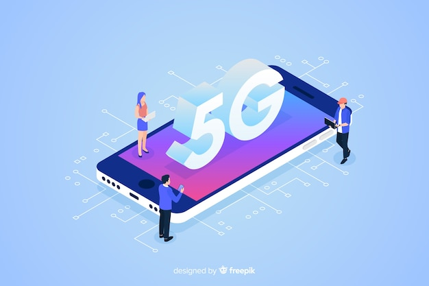 Isometric 5g concept with characters background Free Vector