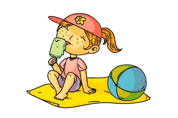 アイスクリームを食べる子供。ビーチに座って、アイスクリームを食べて孤立したかわいい子の女の子。アイスクリームデザートをなめるベクトル幸せな子供人の漫画のキャラクター。夏休みと子供時代の描画 Premiumベクター