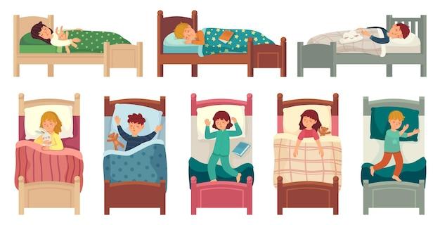 ベッドで寝ている子供たち。子供は枕の上でベッドで眠り、若い男の子と女の子は眠っています。 Premiumベクター