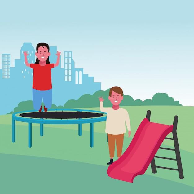 Детская зона, батут и прыгающая девушка с мальчиком с горкой Premium векторы