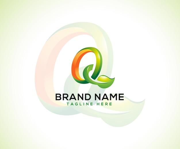 葉のロゴと頭文字q3dロゴのコンセプト Premiumベクター