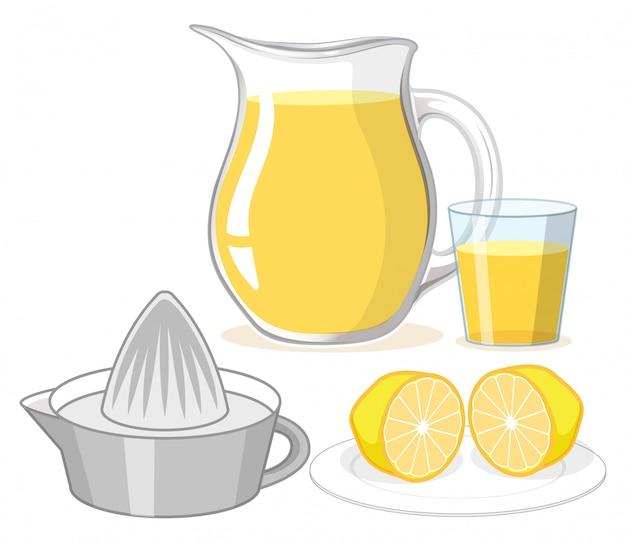 ガラスと白い背景の上の瓶にレモンジュース 無料ベクター
