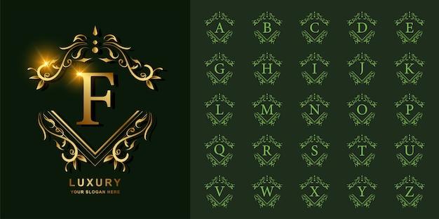 文字fまたは豪華な飾り花フレームゴールデンロゴテンプレートとコレクションの最初のアルファベット。 Premiumベクター