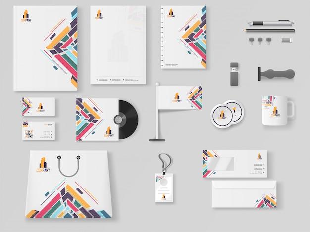 Комплект профессионального бизнес-брэндинга, включая letter head Premium векторы