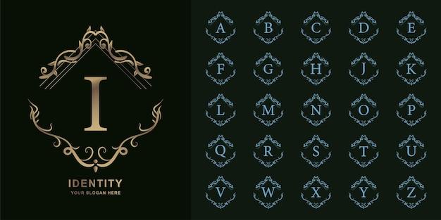 편지 나 또는 럭셔리 장식 꽃 프레임 황금 로고 템플릿 컬렉션 초기 알파벳. 프리미엄 벡터