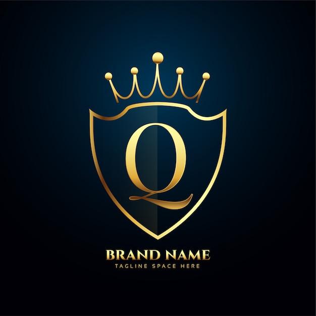 Буква q корона тиара логотип золотой Бесплатные векторы