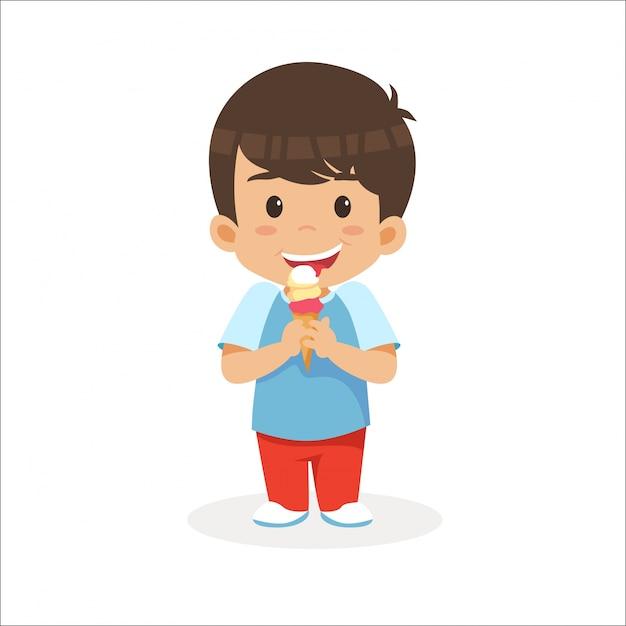 Маленький мальчик ест мороженое Premium векторы