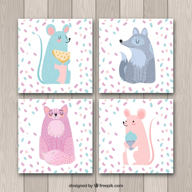 Lovely pack of cards with cute animals Free Vector