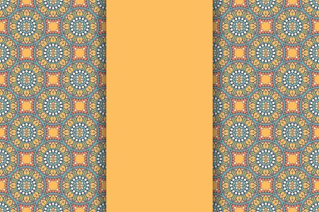 Sfondo mandala ornamentale di lusso in colore oro Vettore gratuito