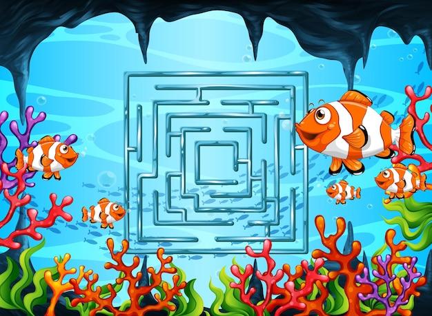 Лабиринт игры в шаблоне подводной тематики Бесплатные векторы
