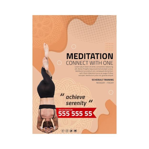 Вертикальный флаер для медитации и осознанности Бесплатные векторы