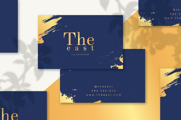 Minimal golden business cards pack Free Vector