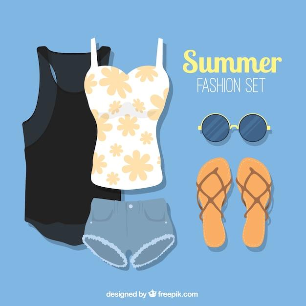 Modern summer clothes pack