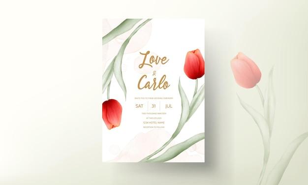 Современная свадебная пригласительная открытка с красивым красным тюльпаном Бесплатные векторы