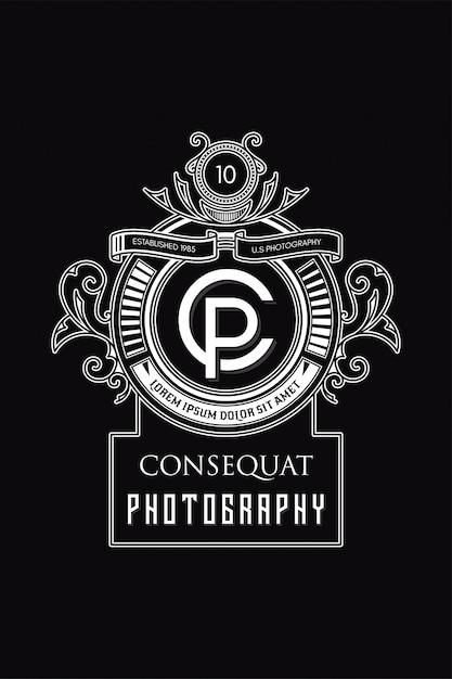 Monogram logo photography c-p Premium Vector