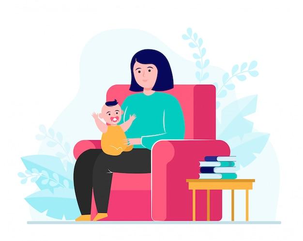 肘掛け椅子に座っていると小さな赤ちゃんを持つお母さん 無料ベクター