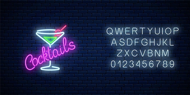 暗いレンガの壁にアルファベットのネオンカクテルバーまたはカフェの看板 Premiumベクター