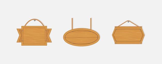 오래 된 서쪽 빈 나무 보드. 체인 또는 로프에 매달려 배너 또는 메시지에 대 한 손톱으로 빈 나무 판자. 프리미엄 벡터