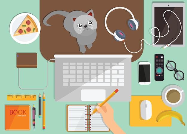 Интернет обучение, дистанционное обучение, вид сверху на рабочем месте Premium векторы