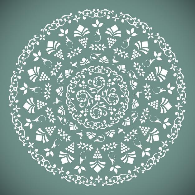 Декоративный круглый узор с цветочными элементами Бесплатные векторы