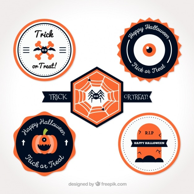 Pack of flat cute halloween stickers Free Vector