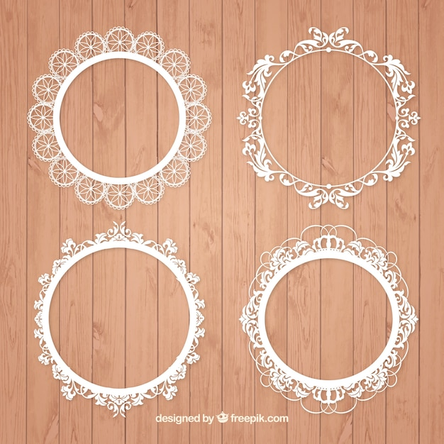 Pack of vintage round frames Free Vector