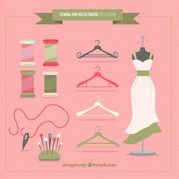 Pack with sewing accessories and mannequin Free Vector