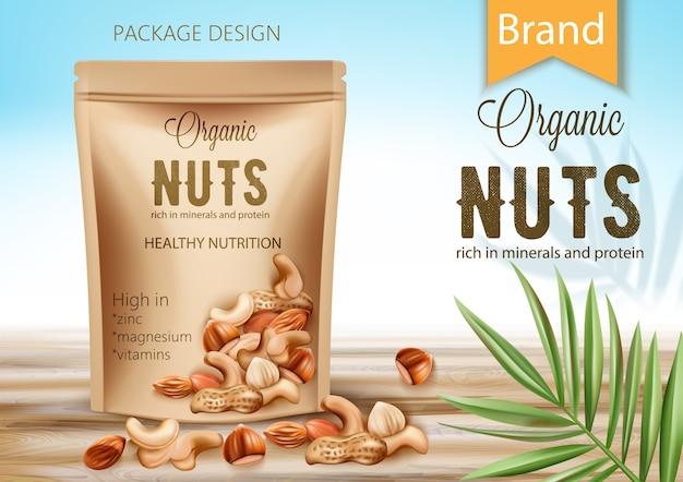 Пакет с органическим продуктом в окружении пальмовых листьев и орехов. богат минералами и белком. здоровое питание с высоким содержанием цинка, магния и витаминов. реалистичный Premium векторы