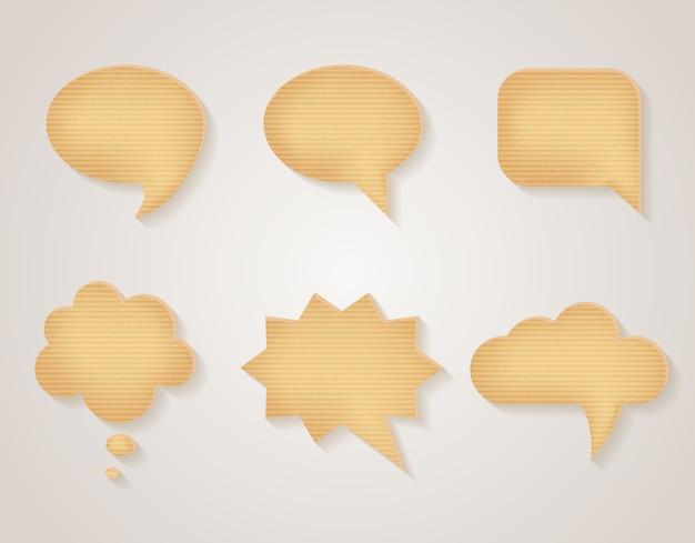 Set di bolle di discorso di cartone di carta. messaggio vuoto, adesivo di comunicazione testurizzato, illustrazione vettoriale Vettore gratuito