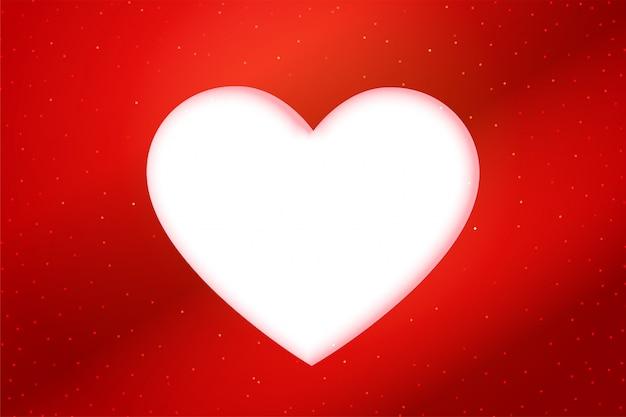 赤いpapercutスタイルホワイトハートの背景 無料ベクター