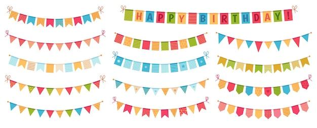 Bunting da festa. bandiere triangolari di carta colorata raccolte e drappeggiate in ghirlande, zigoli di buon compleanno Vettore gratuito