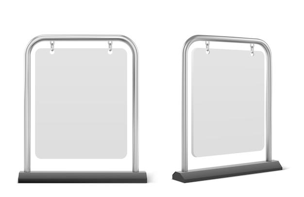 포장 기호, 흰색 보도 광고 보드 절연. 금속 프레임에 매달려 빈 배너의 현실적인 벡터, 메뉴, 광고 또는 발표에 대 한 야외 간판 스탠드 무료 벡터