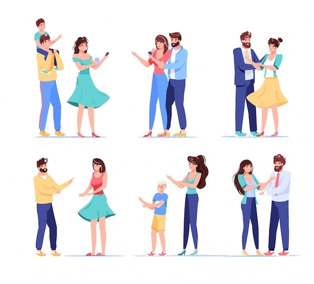 Персонаж пользователя цифрового устройства людей. влюбленная пара, женатый муж, жена, родители, дети, держащие мобильный телефон для покупок, беспроводная связь, обмен новостями. изолированный набор на белом Premium векторы