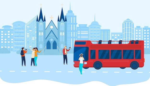 市内の人々はバスツアーのイラストを旅行します。 Premiumベクター