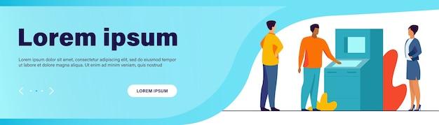 Persone che utilizzano atm. clienti della banca in attesa in coda, illustrazione vettoriale piatto distanza sociale Vettore gratuito