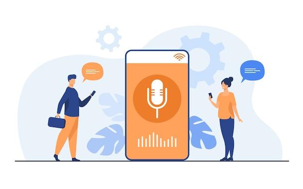 スマートフォンで音声アシスタントアプリを使用している人 無料ベクター